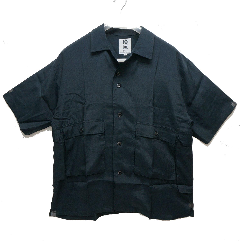 TENBOXのシャツ